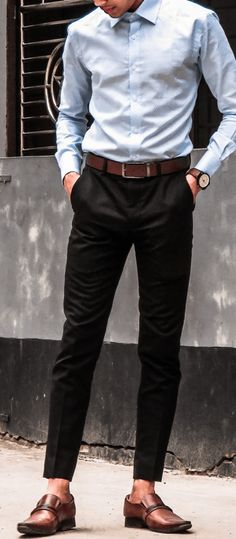 7 Trendy Looks For Men To Ace The College Style College Interview Outfit, Interview Dress, School Outfits For College, College Style, Interview Clothes, Interview Outfits, School Style, College Hacks, Mens College Fashion