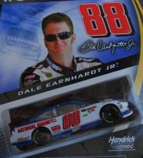 NASCAR AUTHENTICS #88 DALE EARNHARDT Jr. 1:64 SCALE NATIONAL GUARD CAR FREE SHIPPING!! Dale Earnhardt Jr, National Guard, Nascar, Diecast, Scale, Baseball Cards, Free Shipping, Christmas, Weighing Scale