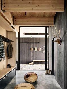 Une maison darchitecte en pleine nature au Texas - PLANETE DECO a homes world Interior Design Kitchen, Modern Interior Design, Interior Decorating, Decorating Tips, Interior Architecture, Wood Interior Walls, Design Bathroom, Decorating Websites, Weathered Wood