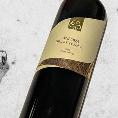 Pamukkale Anfora Reserve Shiraz 2012. In the nose; dominant dark plum and blackberry aromas along with hint of liquorice and capsicum. On the palate red berries and black currant. Vanilla and toast aromas from the oak barrel is there but not dominant. Medium plus body with medium tannins. Medium plus finish. Light burning alcohol. . . . #pamukkale #anfora #shiraz #güney #wine #wino #şarap #annesadecebirkadeh #winetasting #şaraptadımı #cokgezenlerkulubu #istanbul #istanbulda1yer…