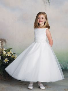 f7ff1b971 50 Best FLOWER girl Dresses .  images