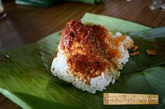 Nasi Lemak Nasi Lemak, Malaysian Food, Asian Recipes, Dishes, Canning, Live, Eat, Malaysian Cuisine, Asian Food Recipes
