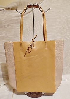 42711ff7d71c 9 Best Female bags and totes images | Laptop bags, Fashion bags ...