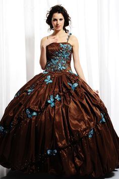 Ball Gown Straight Neckline Spaghetti Straps Puffy Skirt with Ruffles and Lace Appliques Floor Length Lace up Taffeta Quinceanera Dress