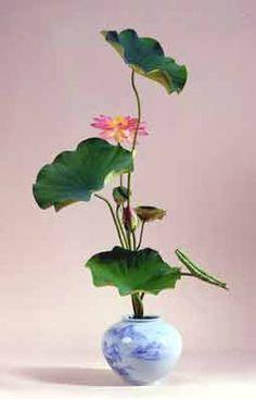 .One twelve scale flower arangement