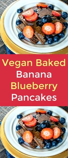 Vegan Baked Banana Blueberry Pancakes - This delectable, baked, banana, blueberry pancake recipe is a surprisingly simple, healthy, vegan breakfast treat. Serve them while they're hot, topped with maple syrup, blueberries and fresh, sliced strawberries. Yum!  #vegan   #veganrecipes  #pancakes  #veganpancakes  #blueberries  #strawberries #bananas  #bakedpancakes Vegan Gluten Free Breakfast, Delicious Breakfast Recipes, Delicious Vegan Recipes, Real Food Recipes, Yummy Food, Vegetarian Recipes, Tasty, Vegan Snacks, Healthy Snacks