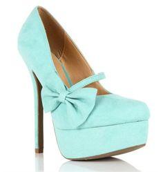 Tiffany blue heel.. I need these!