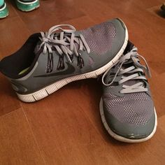 Nike Free Run 5.0 barely worn Nike Free Run 5.0. I have a lot of athletic shoes so I switch around. they do have a small place at the toe where some of the grey came off but other than that they are like new! price negotiable Nike Shoes Athletic Shoes