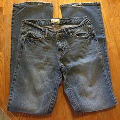 Aeropostale Hailey Flare Jeans Aeropostale Hailey Flare Jeans. Used, fraying on pant legs. Aeropostale Jeans Flare & Wide Leg
