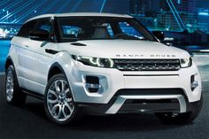 Range Rover Evoque What a beautie! perfect design Range Rover has to be one of the best (if not the best) manufacturers of off-road vehicles. Range Rover Evoque, Range Rovers, Range Rover Sport, Rr Evoque, Range Rover White, Sexy Cars, Hot Cars, My Dream Car, Dream Cars