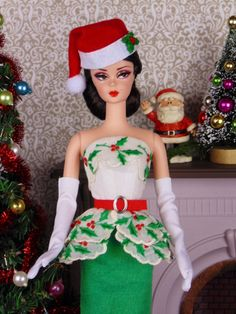 Happy Holly Days for Barbie Poppy Parker & Victoire by HankieChic Christmas Barbie, Christmas Costumes, Christmas Time, Merry Christmas, Barbie Model, Barbie And Ken, Barbie Style, Barbie Skipper, Barbie Dress