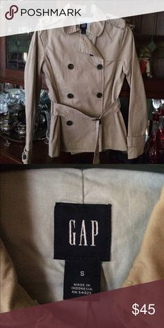 NWOT Gap Short Belted Trench Double Breasted Never worn khaki material, thick high quality, true to size, Small. GAP Jackets & Coats Trench Coats