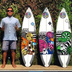 Gorgeous illustrations on this trio of Jeff Doc Lausch beauties. Surfboard Painting, Surfboard Decor, Surf Drawing, Wave Surf, E Skate, Surf Design, Surf Boards, Skateboard Design, Waves