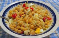 Portuguese Cod & Chickpea Salad Recipe Posted in: Fish / Seafood Feb 2020 5 out of 5 with 1 ratings Views 419 Ingredients 2 pieces of cod (to taste) 1 large cans of chickpeas 1 large onion, choppe Clam Recipes, Garlic Recipes, Beer Recipes, Fish Recipes, Portuguese Sweet Bread, Portuguese Recipes, Portuguese Food, Cod Dishes, Fish Dishes