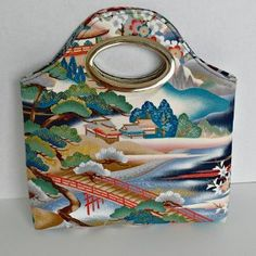 You will love creating this free bag pattern in just under an hour. This extra stylish and chic Turning Japanese Free Bag Pattern will take you no time at all and you will be pairing it with as many outfits as you can.
