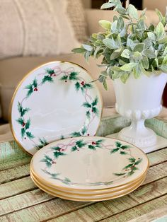 Fitz and Floyd Christmas Red White Floral Dessert  Pie Plate set of 6 Town /& Country Pattern Holiday Entertaining TYCAALAK