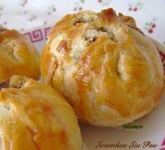 Seremban Siew Pau ~ Crispy Bbq Pork Bun