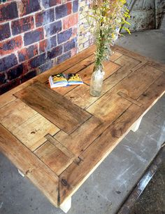 """Tisch im Landhaus-Stil aus Massivholz Susanne """"S"""" von FraaiBerlin auf DaWanda.com"""