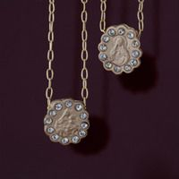 Crystal Pyrite Scalloped Circle Sorte Necklace