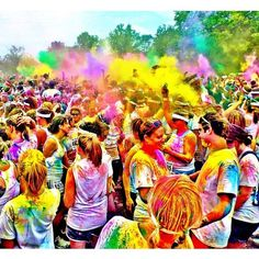 The Color Run! Really want to do this... start the 5k with a white shirt and by the end you're covered in paint from head to toe. coming to Kansas City June 1st