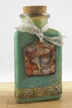 Eclectic Paperie: July ePlay Challenge - Altered Bottles great tutorial by Julia Hurll Aston Altered Bottles, Vintage Bottles, Bottles And Jars, Glass Bottles, Old Wine Bottles, Recycled Wine Bottles, Waste Bottle Craft, Glass Bottle Crafts, Wine Bottle Art
