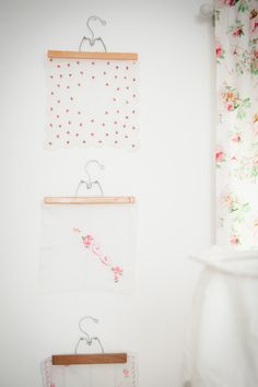 #vintage, #nursery, #artwork, #fabric  Photography: Katie Joyner Photography - www.katiejoynerphotography.com
