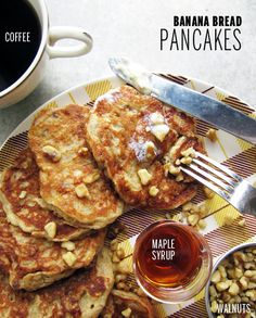 AMAZING, have to try these!! Banana Bread Pancakes // Take a Megabite #brunch