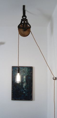 Antique Cast Iron & Wood Pulley Lamp – Vintage Industrial Edison Fixture: - Decoration and Furniture Ideas Edison Lighting, Industrial Lighting, Cool Lighting, Lighting Design, Edison Bulbs, Lighting Ideas, Kitchen Lighting, Vintage Lighting, Cool Ideas