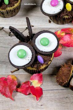 Super niedliche Eulen-Muffins mit Augen und Ohren aus Oreokeksen und Smarties. | malteskitchen.de