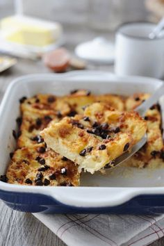 Breads 322570392032445343 - Pain perdu au four Source by amusesbouche Recetas Ramadan, Food In French, Flan Dessert, Breakfast Recipes, Dessert Recipes, Desserts With Biscuits, Cupcakes, Sweet Recipes, Sweet Tooth