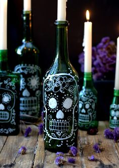Mexican Bottles (I have a bunch of saved bottles) Mexican Halloween, Fall Halloween, Halloween Crafts, Happy Halloween, Halloween Decorations, Halloween Bottles, Day Of The Dead Diy, Day Of The Dead Party, Helloween Party