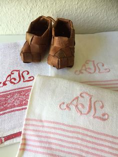 Your place to buy and sell all things handmade Guest Towels, Hand Towels, Red Pattern, Vintage Textiles, Hygge, Linens, Color Pop, Scandinavian, Sunglasses Case