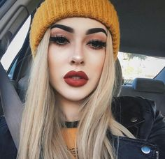 grunge style Look through these 15 winter themed face makeup looks amp; ideas of Here we go to come right back again with more makeup looks. Pretty Makeup, Love Makeup, Makeup Inspo, Full Makeup, Amazing Makeup, Bride Makeup, Perfect Makeup, Beauty Make-up, Beauty Hacks