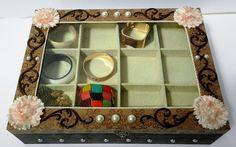 Caixa de madeira com tampa de vidro Box, Frame, Home Decor, Wooden Box With Lid, Boxes, Glass, Craft, Decorative Boxes, Manualidades