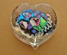 VALENTINE Gorgeous IRIDESCENT DICHROIC Glass PAPERWEIGHT HEART Latticino BUBBLES