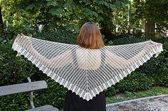 Ravelry: Candide pattern by EclatDuSoleil Crochet shawl La Pointe, Crochet Shawl, Knit Patterns, Shawls, Wardrobe Staples, Simple Designs, Favorite Color, Ravelry, Collars