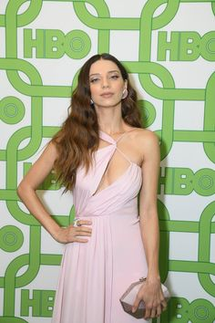 Angela Sarafyan in Cushnie attends HBO's Golden Globe Awards After-Party (II) Golden Globe Award, Golden Globes, Angela Sarafyan, Attention Seeking, Red Carpet, Summer Dresses, Celebrities, Party