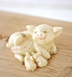 Vintage Pig and Piglets Resin Figurine Farm by TheOtherLifeVintage