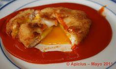 Huevos fritos rebozados en bechamel con salsa de tomate | La Cocina Paso a Paso
