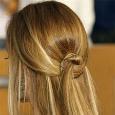 knotted half-up hair