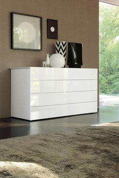 buffet blanc laqué moderne avec 4 tiroirs sans poignées: Glast par SMA mobili