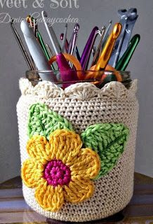 The most beautiful Crochet basket and straw models Crochet Cozy, Love Crochet, Crochet Gifts, Beautiful Crochet, Crochet Flowers, Crochet Hooks, Crochet Baskets, Crochet Shell Stitch, Crochet Stitches
