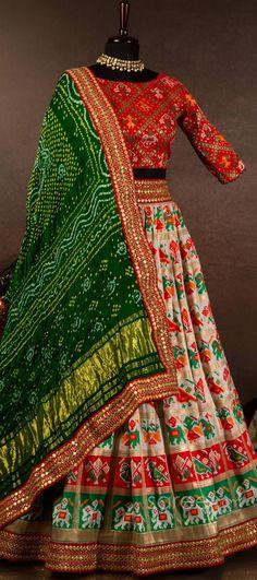 Wedding Lenghas, Wedding Sari, Lehenga Choli Online, Bridal Lehenga Choli, Designer Party Wear Dresses, Lehnga Dress, Bhagavad Gita, Party Wear Sarees, Coffee Shops