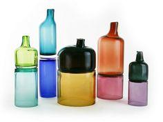 Bottiglia in vetro soffiato JOIN by SkLO design Karen Gilbert, Paul Pavlak