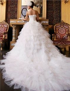 DD2 Princess elegant bind strapless gown with luxurious big tail wedding dress (White,XL) DD2,http://www.amazon.com/dp/B00GIEFNFE/ref=cm_sw_r_pi_dp_9JtLsb18GXE053Y7