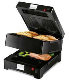 Compact, double sandwichmaker for 4 toasted sandwiches at a time. Saves space on the counter. Comes with extra set of grilling plates for fish, meat and vegetables. All plates have a non-stick coating. http://zocko.it/LDFtT