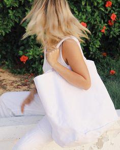 MY LIFE AQUATIC (@_mylifeaquatic_) • Instagram photos and videos Life Aquatic, My Life, White Dress, Photo And Video, Videos, Instagram Posts, Photos, Bags, Fashion