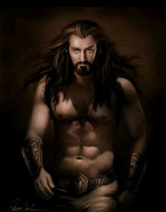 THORIN DO U MIND NOT BEING SO MAJESTIC YOU ARE KILLING ME