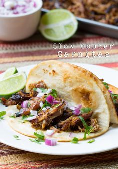 Slow Cooker Carnitas Recipe #carnitas #tacos #mexican #slowcooker #crockpot