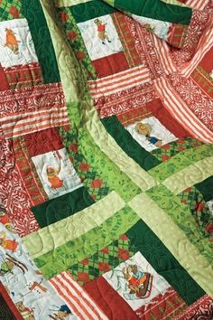 Cabin Fever Easy Christmas Quilt Kit  Red Green Quilt Fabric Argyle   auntiechrisquiltfabric - Craft Supplies on ArtFire